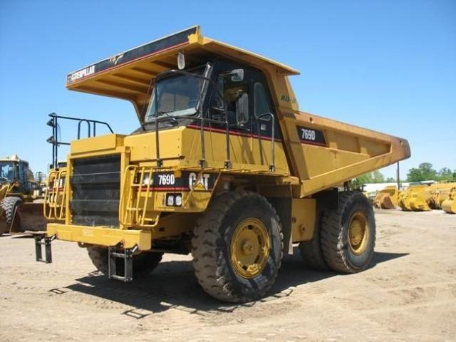 2004 Caterpillar 769D Truck Picture