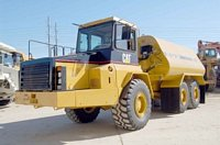 1996 Caterpillar D250 Truck Picture