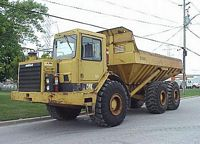 1990 Caterpillar 350D Truck Picture