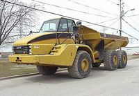 2002 Caterpillar 735 Truck Picture