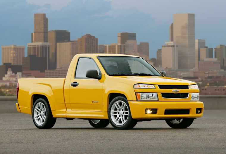 Front Right Chevrolet Colorado Xtreme Truck Picture