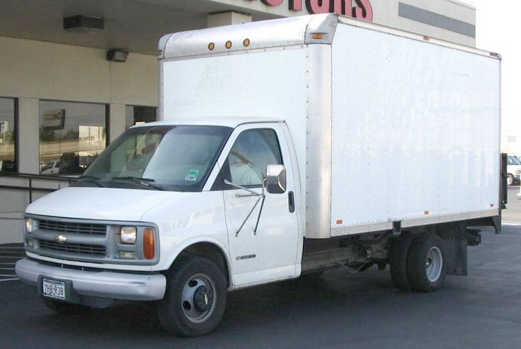 2001 Chevrolet G3500 Truck Picture