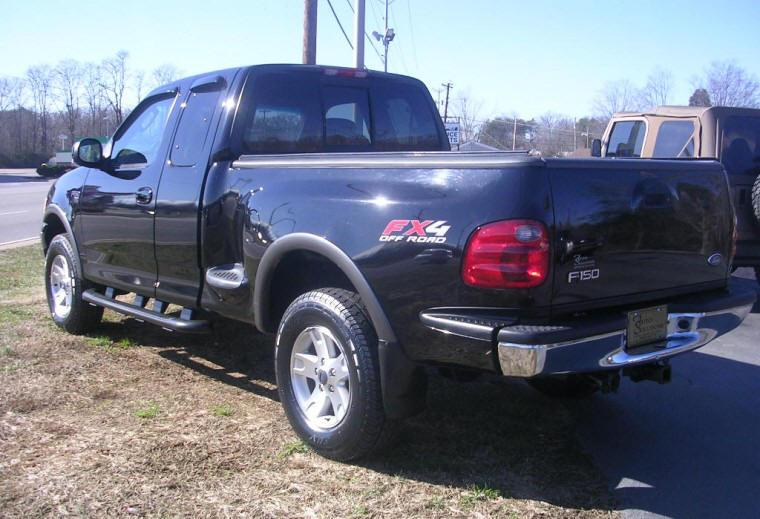 Rear left 2008 Ford F-150 Truck Picture