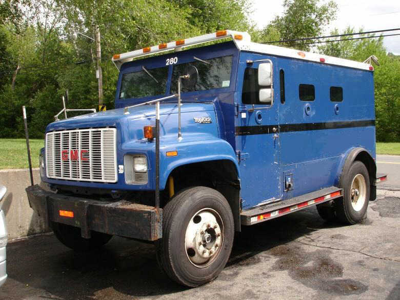 Front Left Blue 1992 Gmc Topkick 6500 Armored Truck Picture