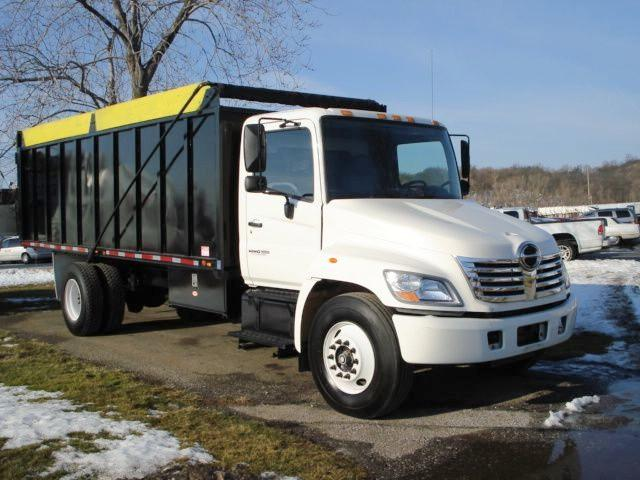 Front Right White and Black 2008 Hino 338 Truck Picture