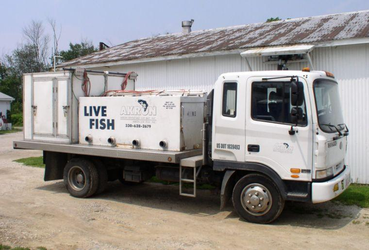Hino Route Truck Picture