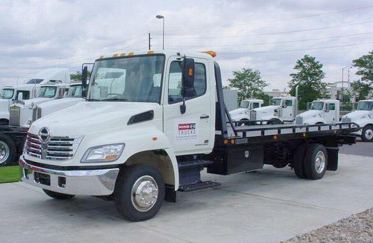 2007 Hino 258LP Truck Picture