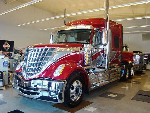 Front Left 2010 International Lonestar Truck Picture