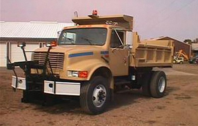Front Left Light Brown 1993 International S4900 Dump Truck Picture