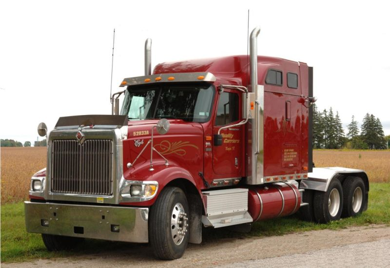 2002 International 9900 Truck Picture