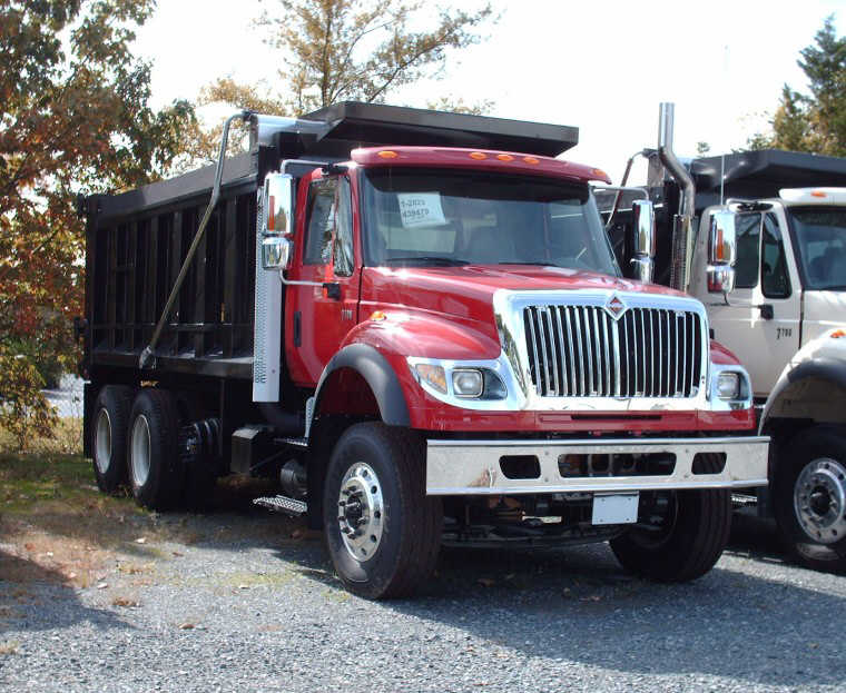 Right Front 2007 International 7700 Dump Truck Picture