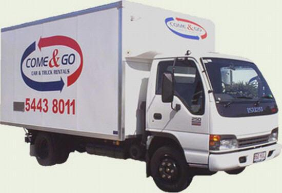Front Right White Isuzu 250 Truck Picture