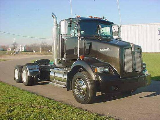 1995 Kenworth T450 Truck Picture