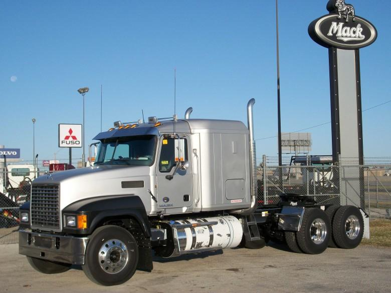 Front Left Silver 2011 Mack CHU613 Truck Picture