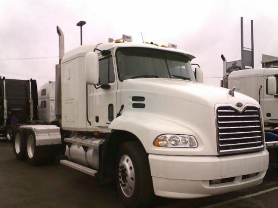 2001 Mack CX613 Truck Picture