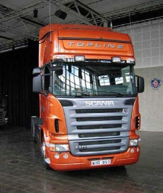 Front view orange Scania R470 Truck Picture