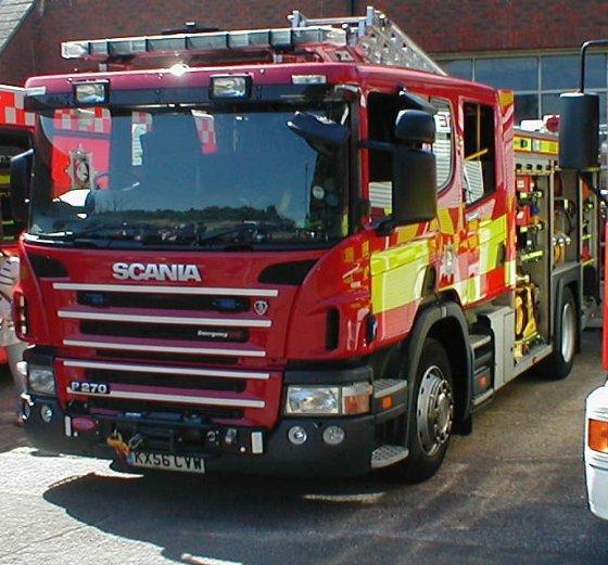 Front Left Scania P270 Fire Engine Truck Picture