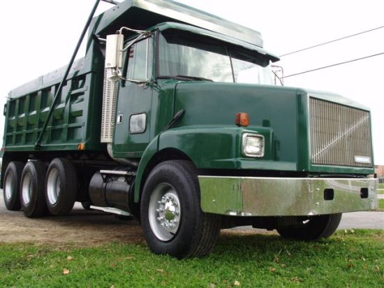 1994 Volvo WG64 Truck Picture