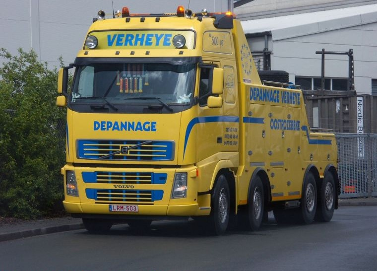Front Left Yellow Volvo FH12 Truck Picture