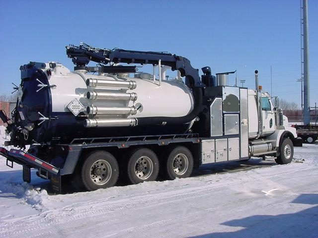 Rear Right 2009 Western Star Hydrovac Truck Picture