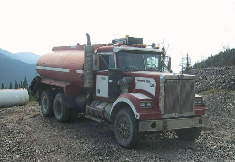Western Star Fuel Truck Picture | Classy Old and New Trucks